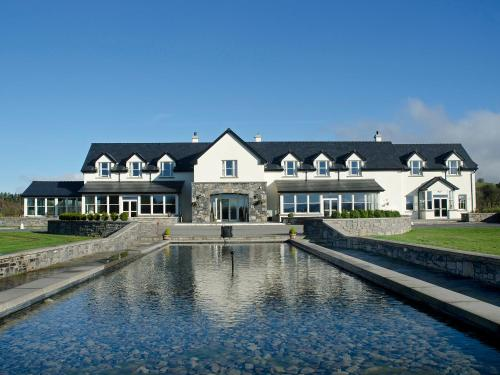 . Westport Country Lodge Hotel