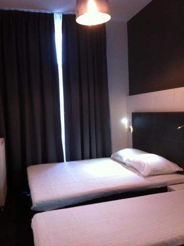Hotel Vossius Vondelpark photo 24