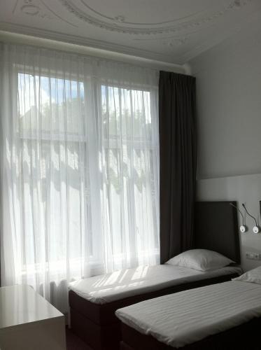 Hotel Vossius Vondelpark photo 25