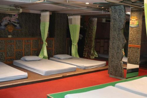 Bavana Hotel photo 7