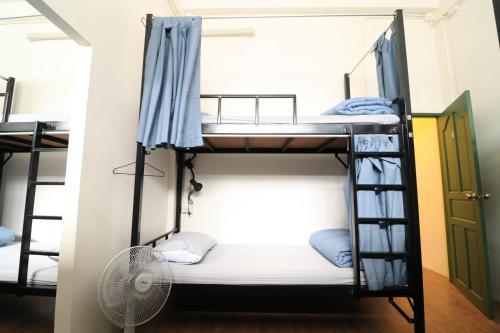 Krit Hostel photo 18