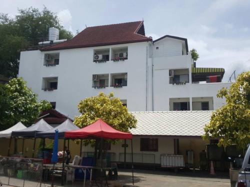 V.I.P. House Chiang Mai