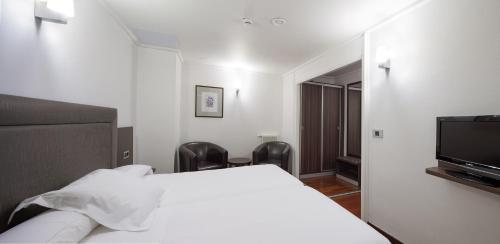 Photo - Hotel Yoldi