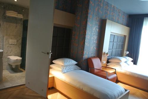 Amadi Park Hotel photo 17