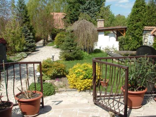 Paty Guesthouse, Pension in Páty bei Nagykovácsi