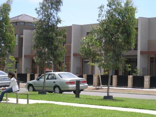 Insaa Serviced Apartments Dandenong