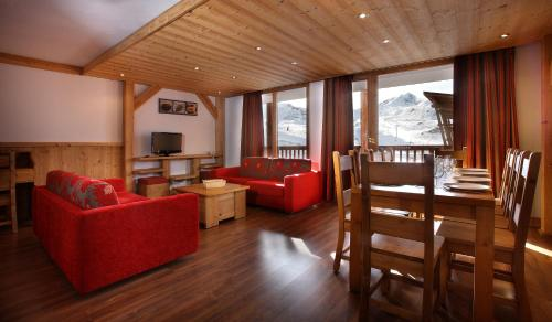 Chalet des Neiges : La Cime Des Arcs - Accommodation - Arc 2000