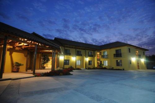 . Hotel Ontiveros