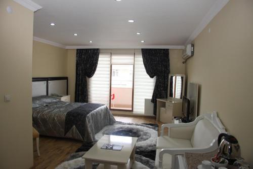 . Cmr Aydogan Hotel
