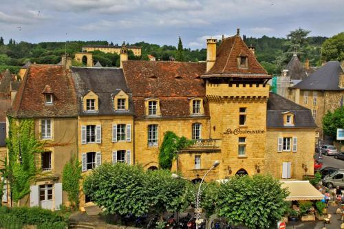 1 place de La Bouquerie, 24200 Sarlat-la-Canéda, Dordogne, France.