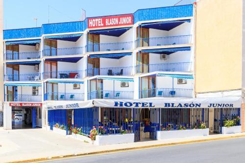 . Hotel Blason Junior
