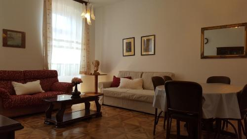 Centar, with parking place, Pension in Pula