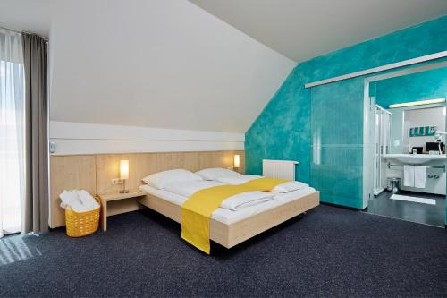 Фото отеля Hotel Garni Colora