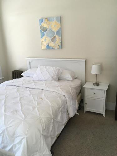 Hotel Burgess - Reedley, CA 93654