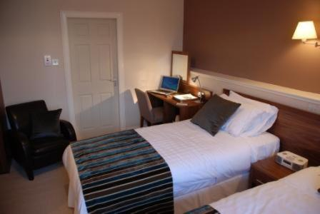 Accommodation in Clune