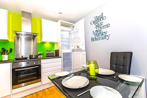 Pullman House Serviced Apartments