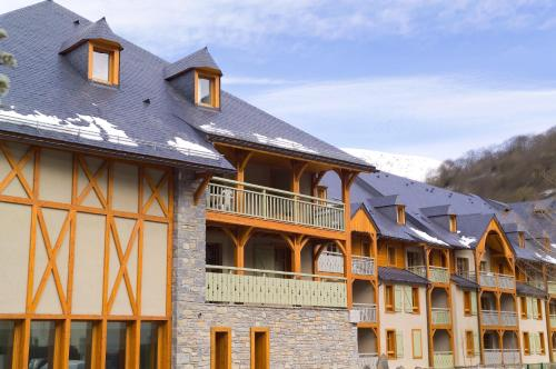 Madame Vacances Résidence Cami Real - Accommodation - Saint-Lary Soulan