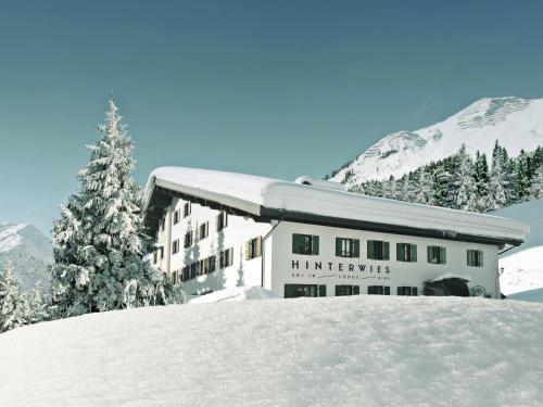 . Hinterwies – Ski In / Lodge / Dine