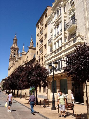 Hotel Hostel Entresueños Logroño