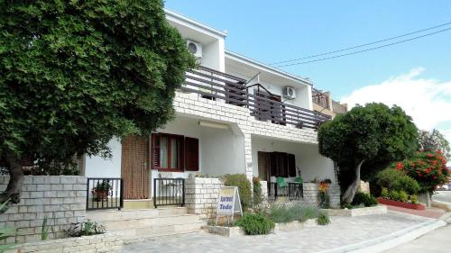 . Holiday Home Apartment Tedo