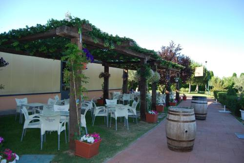 Restaurante Hotel Cuatro Calzadas 37
