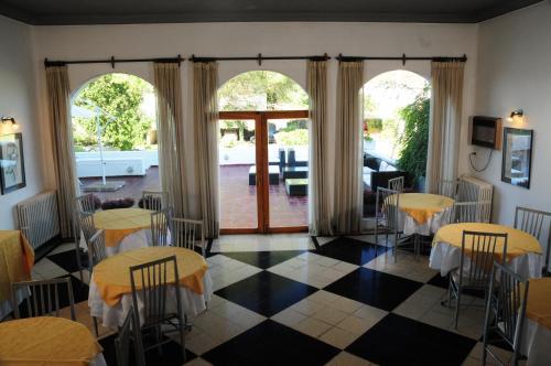 Фото отеля Hostal de la Costa