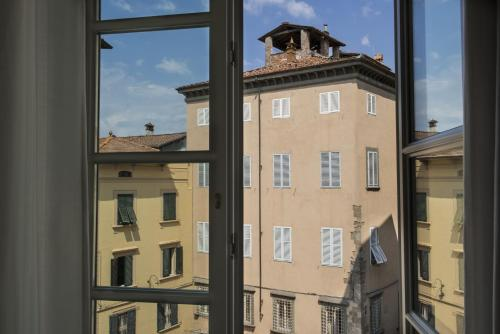 Palazzo Dipinto Hotel Review Lucca Italy Telegraph Travel