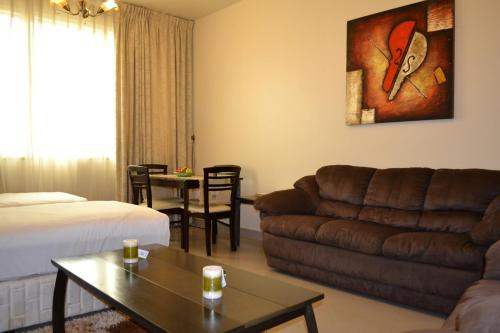 Abu Dhabi Plaza Hotel Apartments photo 30