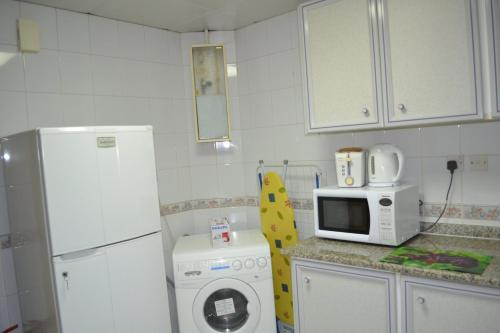 Abu Dhabi Plaza Hotel Apartments photo 32