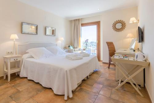 Double or Twin Room with Sea View - single occupancy La Posada del Mar 7