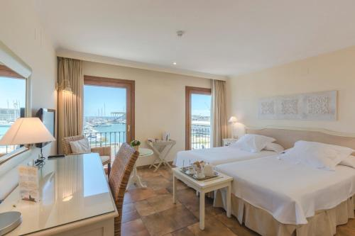 Double or Twin Room with Sea View - single occupancy La Posada del Mar 4