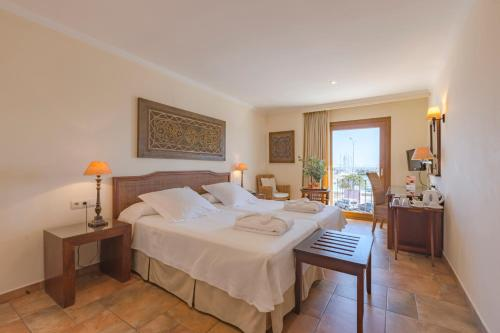 Double or Twin Room with Sea View - single occupancy La Posada del Mar 41