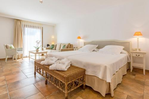 Junior Suite with Sea View - single occupancy La Posada del Mar 12
