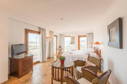 Junior Suite with Sea View - single occupancy La Posada del Mar 26