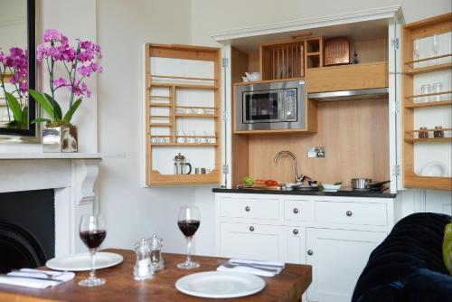 Berkeley Suites - Hotel - Bristol