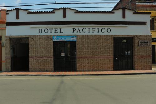 . Hotel Pacifico