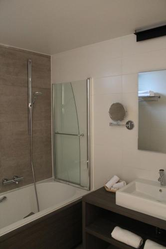 Quarto Duplo Superior com Varanda (Superior Double Room with Balcony)
