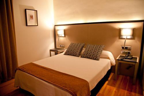 Superior Double Room Hospedería Palacio de Allepuz 11