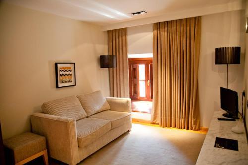 Superior Double Room Hospedería Palacio de Allepuz 9