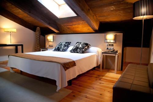 Superior Double Room Hospedería Palacio de Allepuz 10
