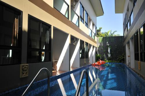 The Pool Resort photo 10