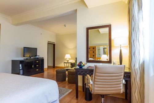 Grand Excelsior Hotel Deira Полулюкс