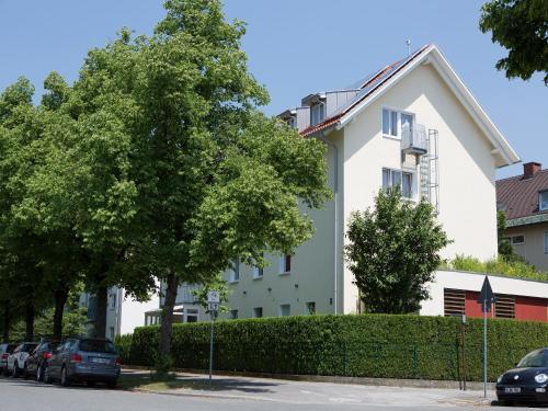 Hotel Kriemhild am Hirschgarten photo 36