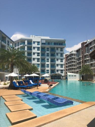. Grand Blue Condominium by Nuttaya