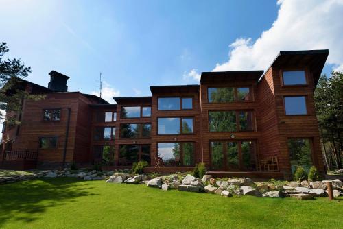 PinusVillas Conference Lodge - Zheleznitsa