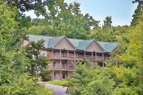 Briarstone Lodge Condo 13E - Three Bedroom