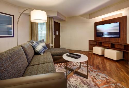 Embassy Suites by Hilton San Diego - La Jolla - San Diego, CA CA 92122