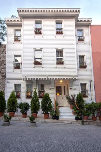 Istanbul Dilhayat Kalfa Hotel tek gece fiyat