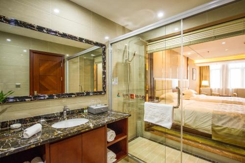 Suzhou New Century Manju Hotel Xinghuwan Branch photo 5