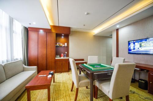 Suzhou New Century Manju Hotel Xinghuwan Branch photo 8